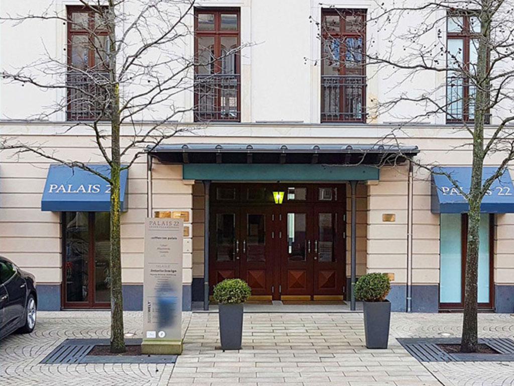 Praxis Dr. Holle und Kollegen, Plastische und Ästhetische Chirurgie Frankfurt